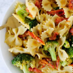 Sun Dried Tomato+Broccoli Pasta with White Wine Sauce