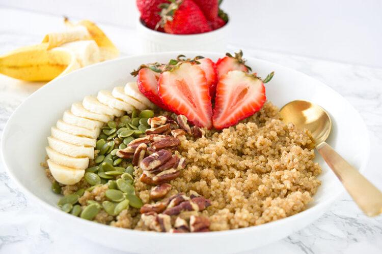 Quinoa Breakfast Bowl