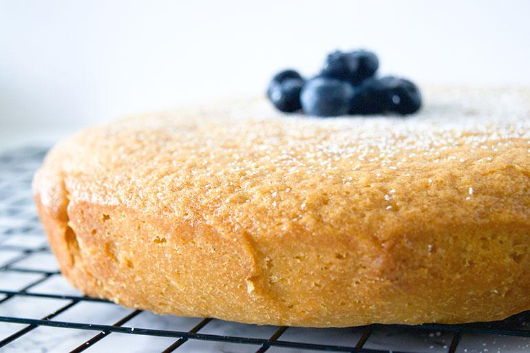 Easy Vegan Vanilla Cake