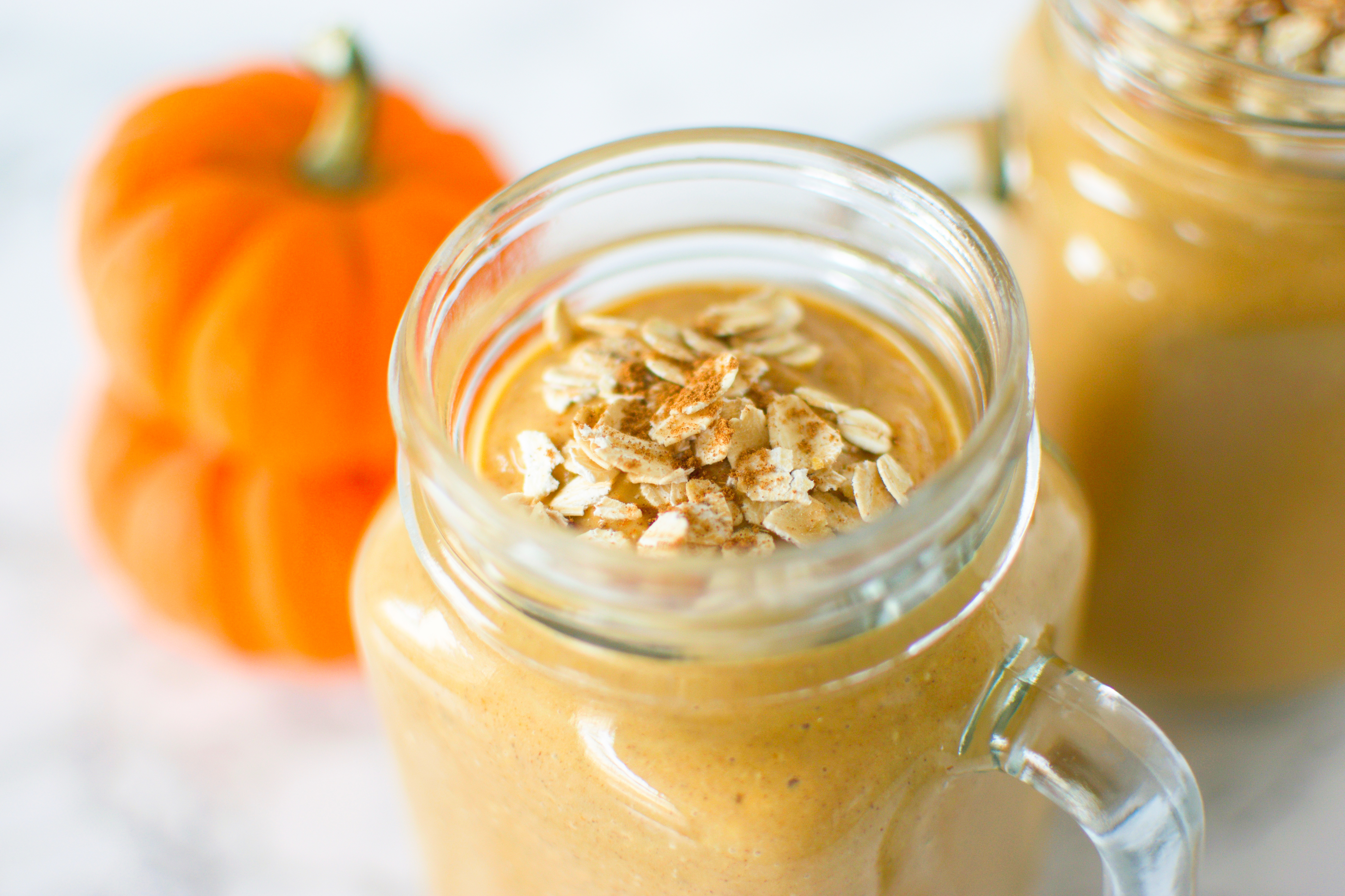 Pumpkin Spice Oatmeal Smoothie
