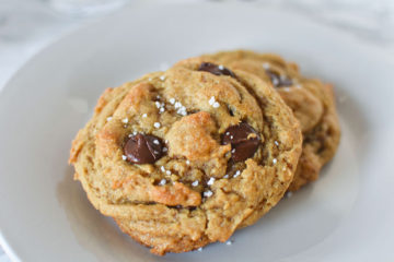 Easy Vegan Salted Chocolate Chip Cookies