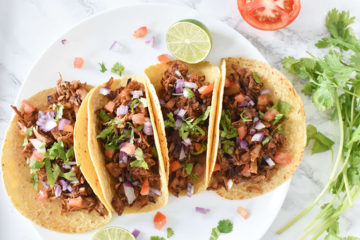 Easy Jackfruit Carnitas Tacos