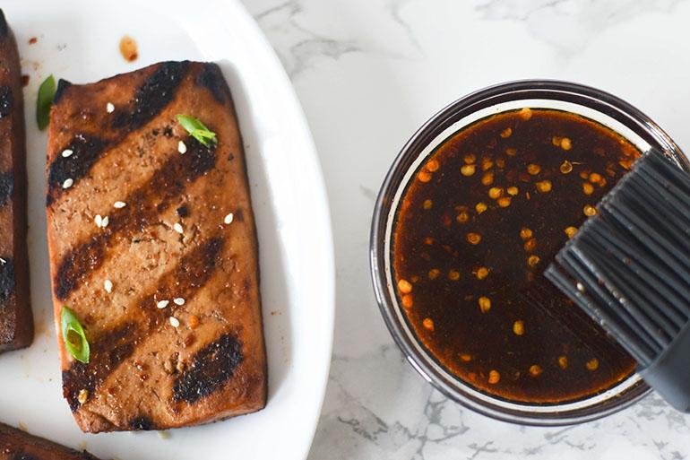 Easy Sweet and Spicy Teriyaki Grilled Tofu