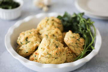 Easy Vegan Cheddar Bay Biscuits