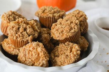 Vegan Pumpkin Cream Cheese Muffins